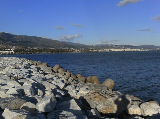 Tetrapode Puerto Bagnus PICT0015