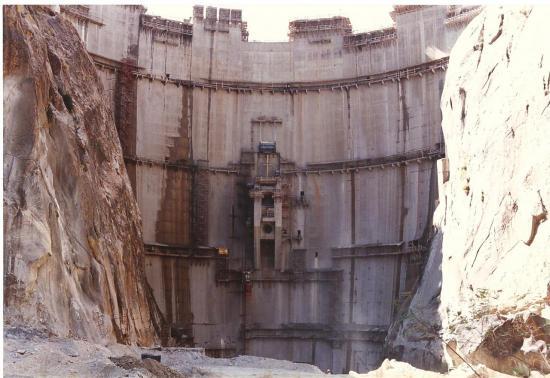Turkwel Kenia - Barrage Voute Aval