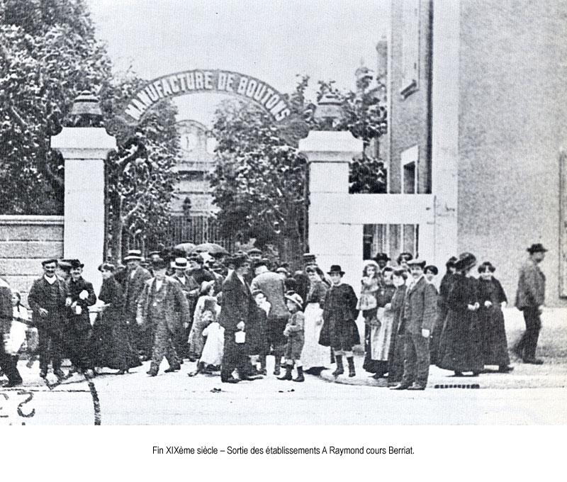 1885 sortie de l usine raymond