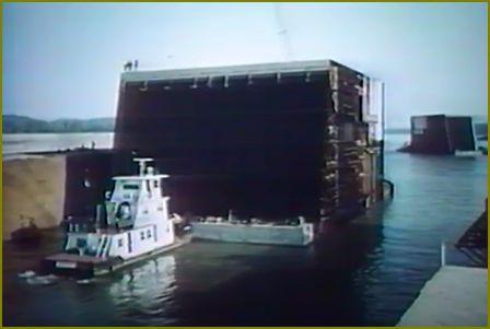 Barge vidalia 2