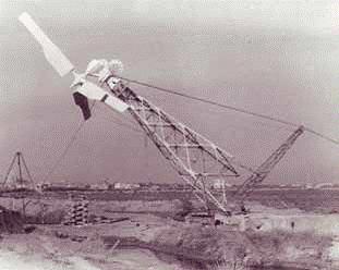 eolienne-saintes-marie-de-la-mer-1956-3.png