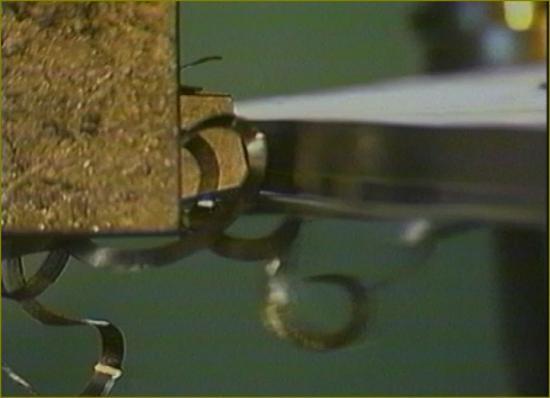Film 3 le titre 12 turbine en usine