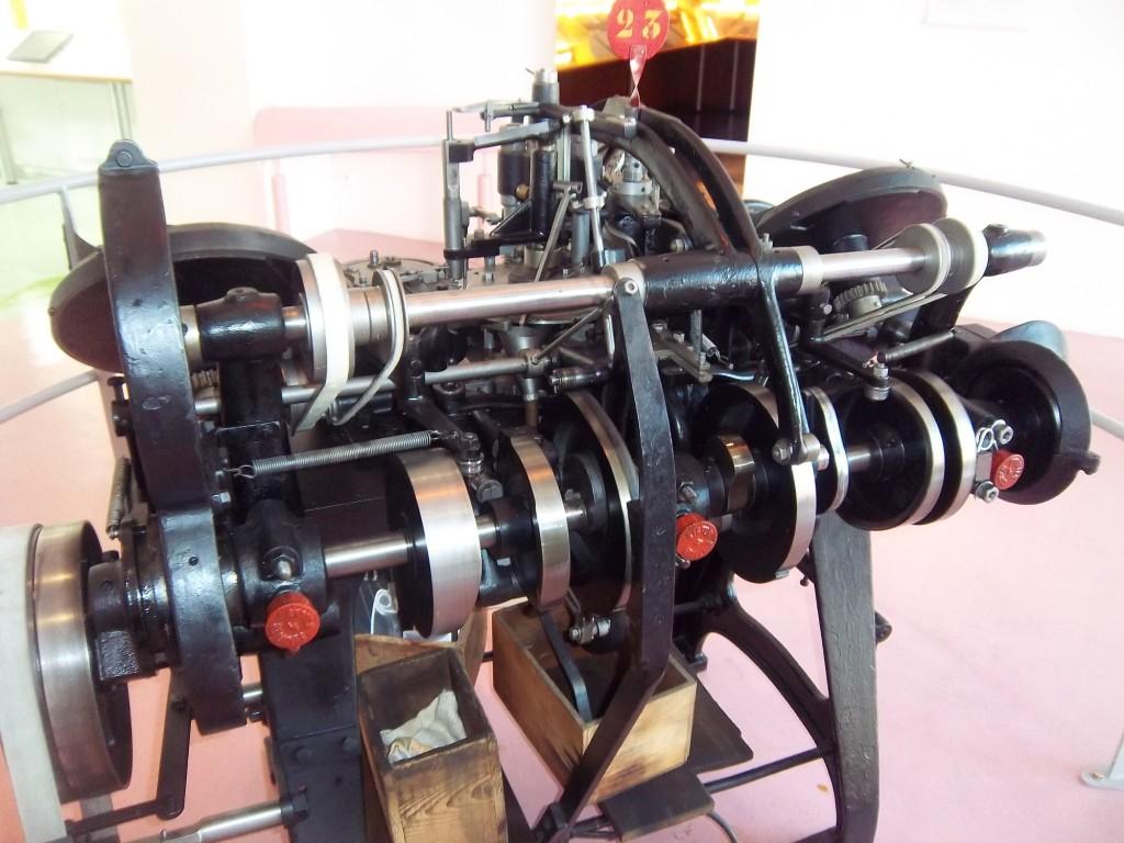 Machine a raymond imgp5888