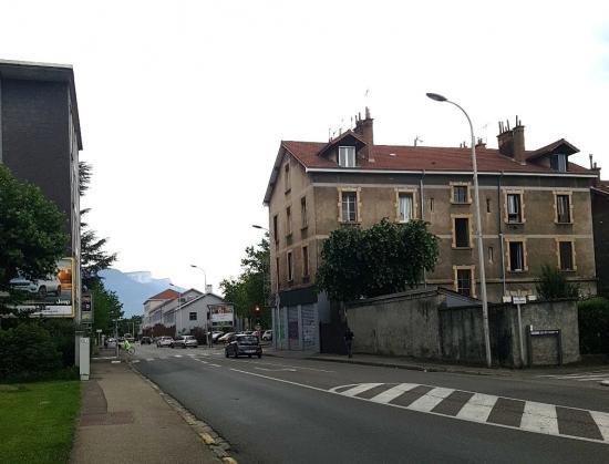 Rue a croizat smh 20180529 164312